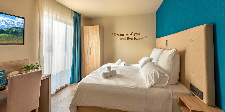 DDream Hotel